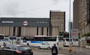 La gare routière à l'arrière des Halles à Strasbourg le 26 avril 2019.