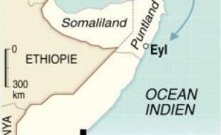 """Deux Français attaqués mardi à bord de leur voilier dans le golfe d'Aden étaient toujours retenus en otage jeudi par des pirates somaliens qui entendent négocier leur libération contre une rançon, l'armée française affirmant pour sa part être prête à une éventuelle """"mission""""."""