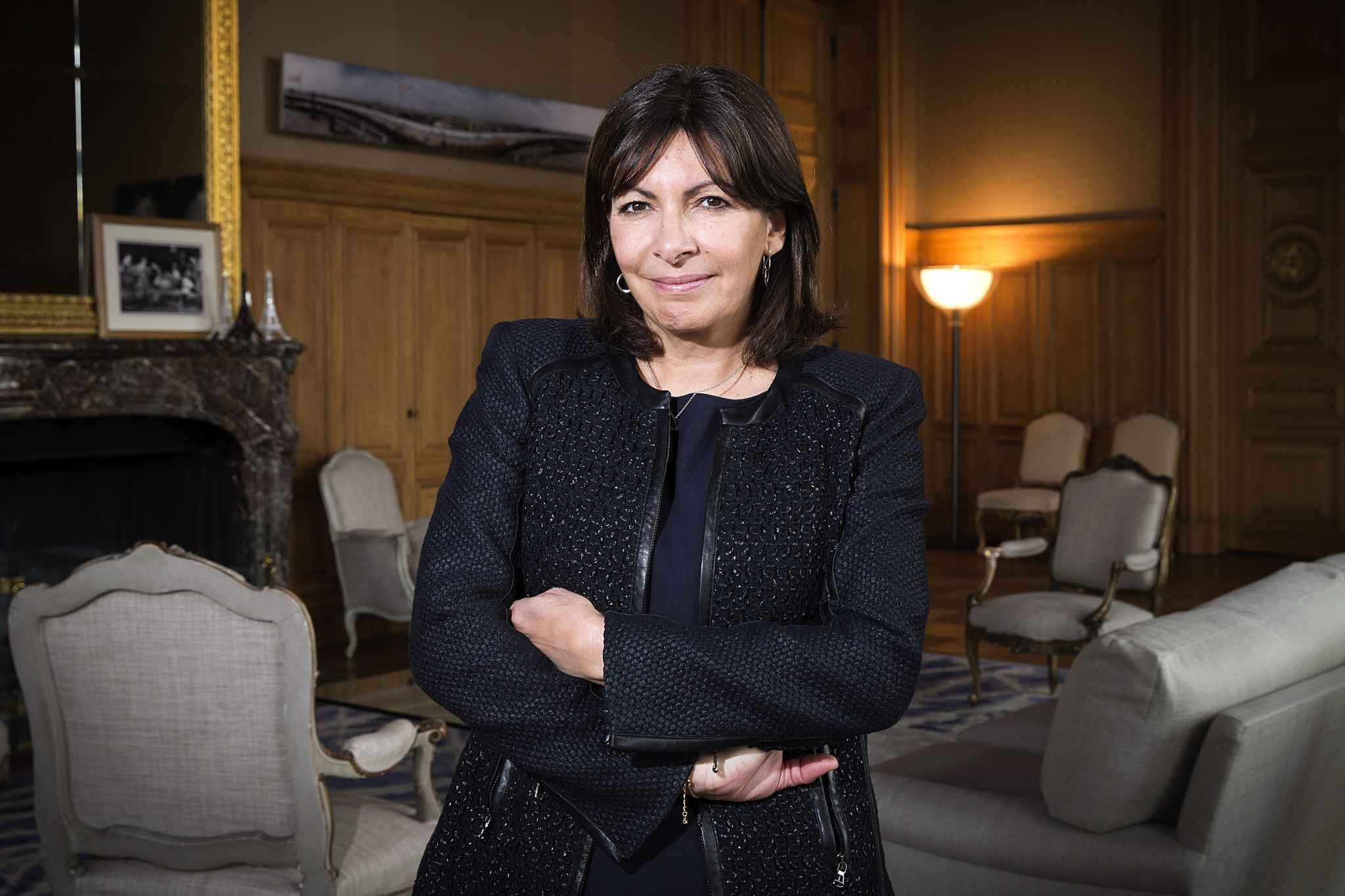 anne hidalgo je suis guid e par l 39 id e d 39 tre utile. Black Bedroom Furniture Sets. Home Design Ideas