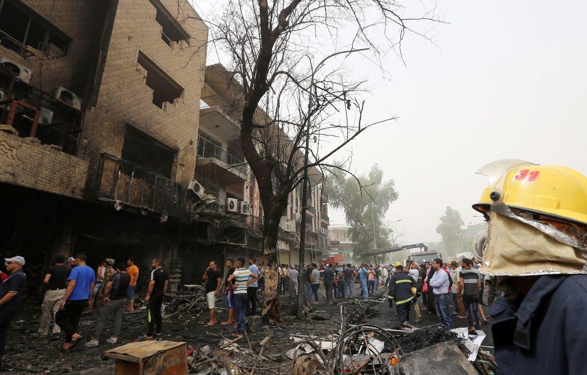 Le quartier de Karrada après l'attentat le 3 juillet 2016. – SABAH ARAR/AFP
