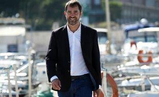 Le candidat PS aux régionales Christophe Castaner le 10 octobre 2015 sur le port de l'Estaque à Marseille