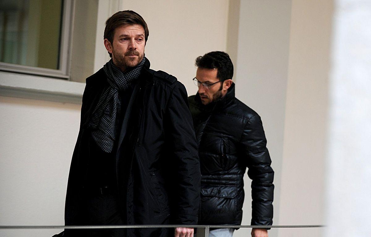 Chambéry, le 11 janvier 2016. Ghislain Anselmini et Jean-François Barre, son avocat, à leur arrivée à la cour d'assises.  – Jean-Pierre Clatot / AFP