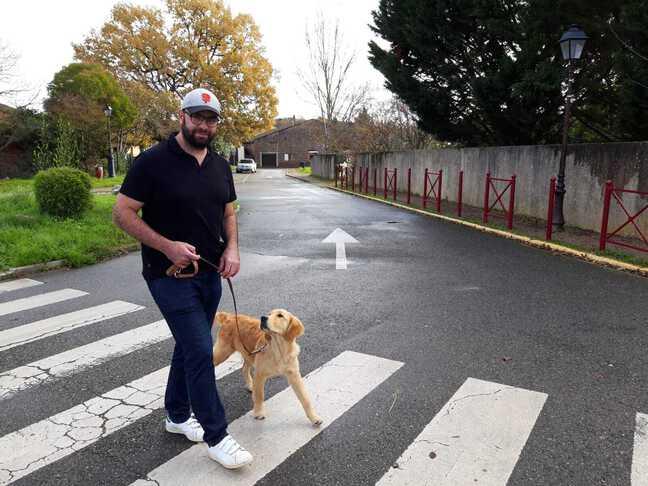 Benjamin Borg, fondateur de la Cape, et son chien Rio.