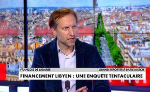 Le journaliste de «Paris Match» François de Labarre sur le plateau de CNews le 12 novembre 2020 (capture vidéo).