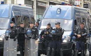 Des policiers seront probablement mobilisés dans le centre ville samedi pour s'assurer du bon respect de l'interdiction de manifester. Illustration.