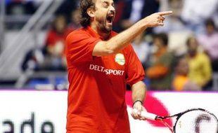 L'ancien joueur de tennis français, Henri Leconte, lors d'un match d'exhibition le 30 novembre 2010 à Belgrade.