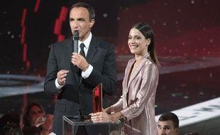 Nikos Aliagas et Martina Stoessel lors des NRJ Music Awards 2016 à Cannes