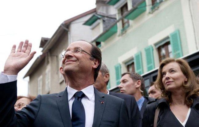 François Hollande et Valérie Trierweiler à Tulle, en Corrèze, le 9 juin 2012.