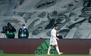 Eden Hazard a encore dû sortir sur blessure ce week-end contre Alavés.