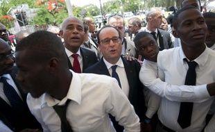 François Hollande et le président haïtien Michel Martelly à Port-au-Prince, le 12 mai 2015