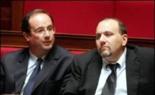 """Le Parti socialiste """"fera tout"""", notamment au parlement, pour que le gouvernement renonce à faire voter la fusion de Gaz de France et de Suez, a déclaré lundi son porte-parole Julien Dray."""