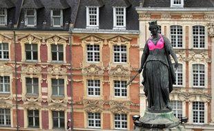 Le Déesse de Lille aux couleurs d'octobre rose.