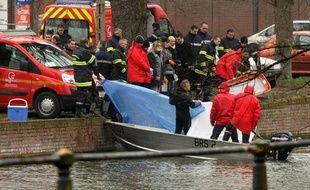 Un corps a été repêché dans la Deûle à Lille par la police le 23 février 2011.