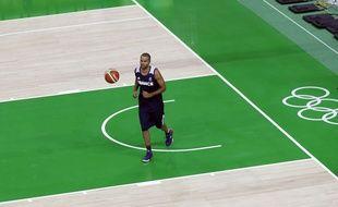 Tony Parker à l'entraînement à Rio le 3 août 2016.