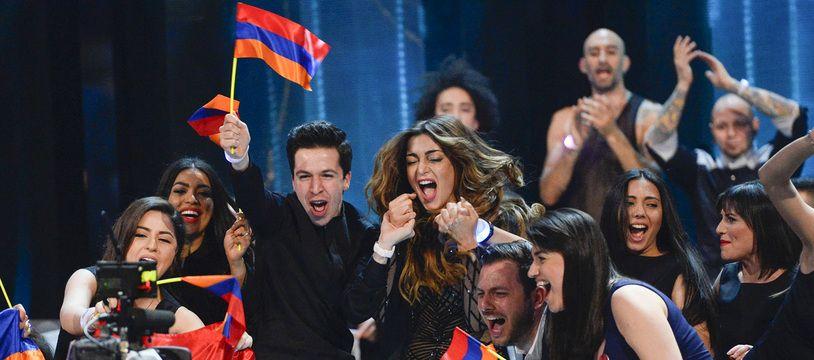 La délégation arménienne à l'Eurovision 2016 à Stockholm, (Suède). Cette année-là, Iveta Moukouchian (au centre, en body) s'était classée septième.