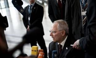 L'Allemagne a proposé vendredi de procéder en deux étapes pour instaurer une taxe sur les transactions financières en Europe, une initiative qu'elle défend mais qui se heurte aux réticences de certains de ses partenaires, selon un document dont l'AFP a obtenu copie.