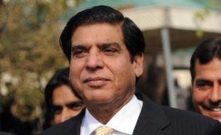 Le Parti du peuple pakistanais (PPP - au pouvoir) a désigné Raja Pervez Ashraf comme candidat au poste de Premier ministre en remplacement de Makhdoom Shahabuddin, mis hors course la veille par un mandat d'arrêt délivré à son encontre, a annoncé vendredi un des leaders du parti, Khurshid Shah.