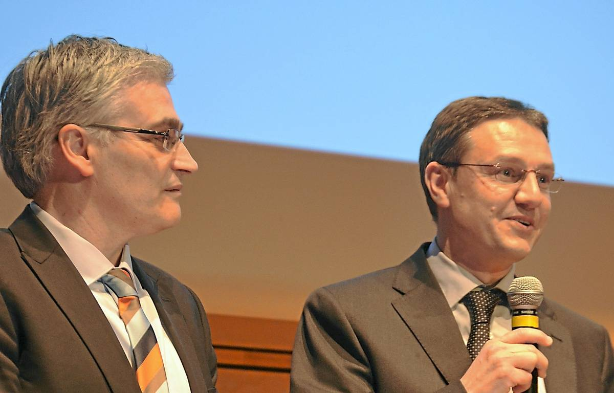 Patrick Tavaris et Pablo Oliver, lors de la remise du prix, jeudi au Corum. – NICOLAS BONZOM / MAXELE PRESSE