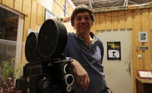 Jean-Pierre Lemouland a fondé les studios JPL en 1995 et a tourné pendant dix ans avec sa vieille caméra de l'armée américaine.