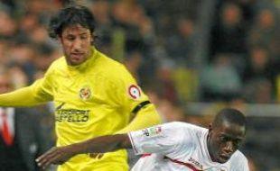 Mouhamadou Dabo (au 1er plan) a disputé 24 matchs de Liga avec Séville.