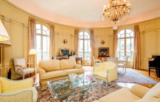 Appartement en vente dans le quartier de Victor Hugo, dans le 16ème arrondissement de Paris, fin 2013.