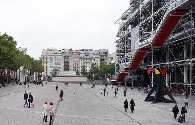 La piazza permet de faire le lien entre le Centre Pompidou et le quartier.