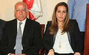 Karma Khayat, rédactrice en chef adjointe d'Al-Jadid-TV, et Tahsin Khayat (g), lors d'une conférence de presse le 28 avril 2014 à Beyrouth