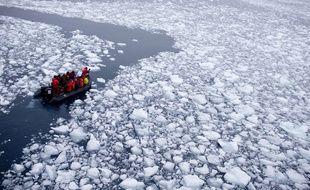 Des scientifiques en Antarctique.