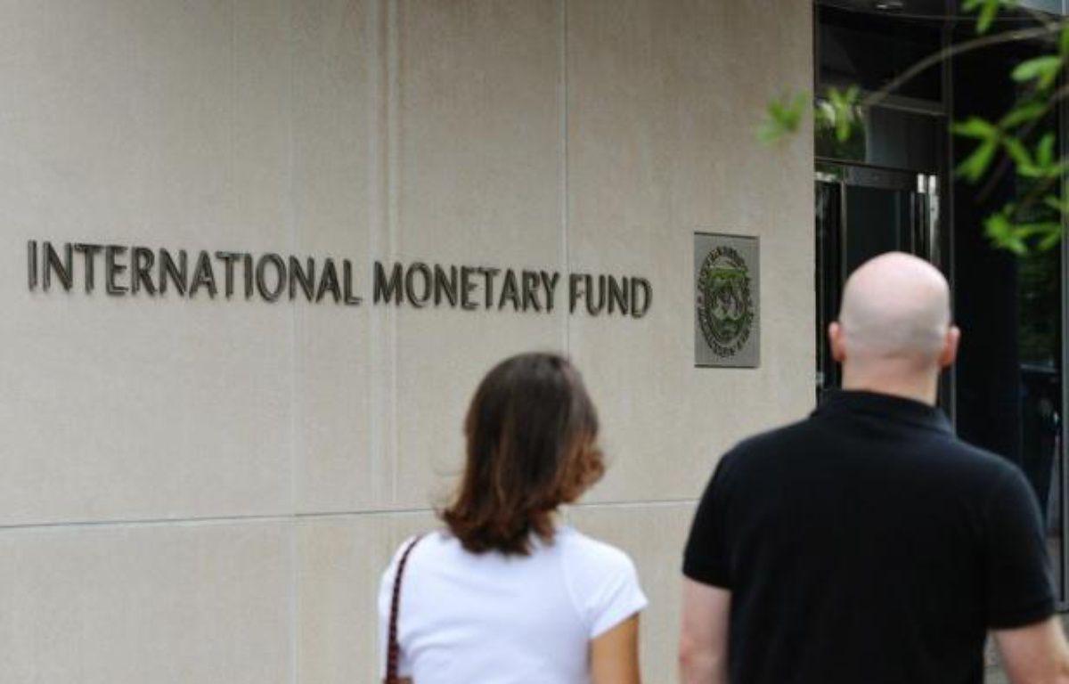 """Le Fonds monétaire international (FMI) a annoncé vendredi qu'il ouvrait une ligne de crédit """"de précaution"""" de 6,2 milliards de dollars en faveur du Maroc afin de protéger le pays contre les """"chocs extérieurs"""" en provenance notamment de la zone euro. – Mandel Ngan afp.com"""