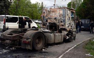 Un camion détruit le 5 mai 2014 à Slaviansk