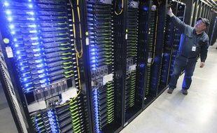 """Un centre de données (ou """"data center"""") utilisé par Facebook aux Etats-Unis."""