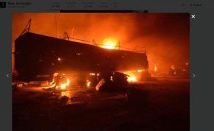 Image non-authentifiée du convoi humanitaire touché par des raids en Syrie, le 19 septembre 2016, relayées par CNN Turk.