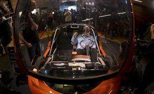 La voiture Urbee, fabriquée presqu'entièrement par une imprimante 3D, le 15 novembre 2013, à Paris.