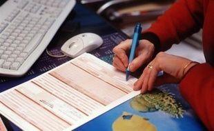 Moins de deux Français sur 10 sont prêts à consulter leur médecin sur internet, avec une proportion légèrement supérieure chez les trentenaires et les cadres, selon un sondage réalisé par l'institut Viavoice.