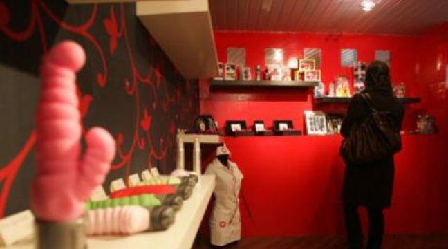 Eropolis le salon polisson qui pla t aux filles for Salon eropolis toulouse