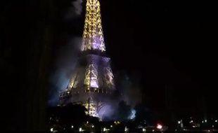 Capture d'écran montrant la Tour Eiffel prétendument en feu juste après l'attentat de Nice.