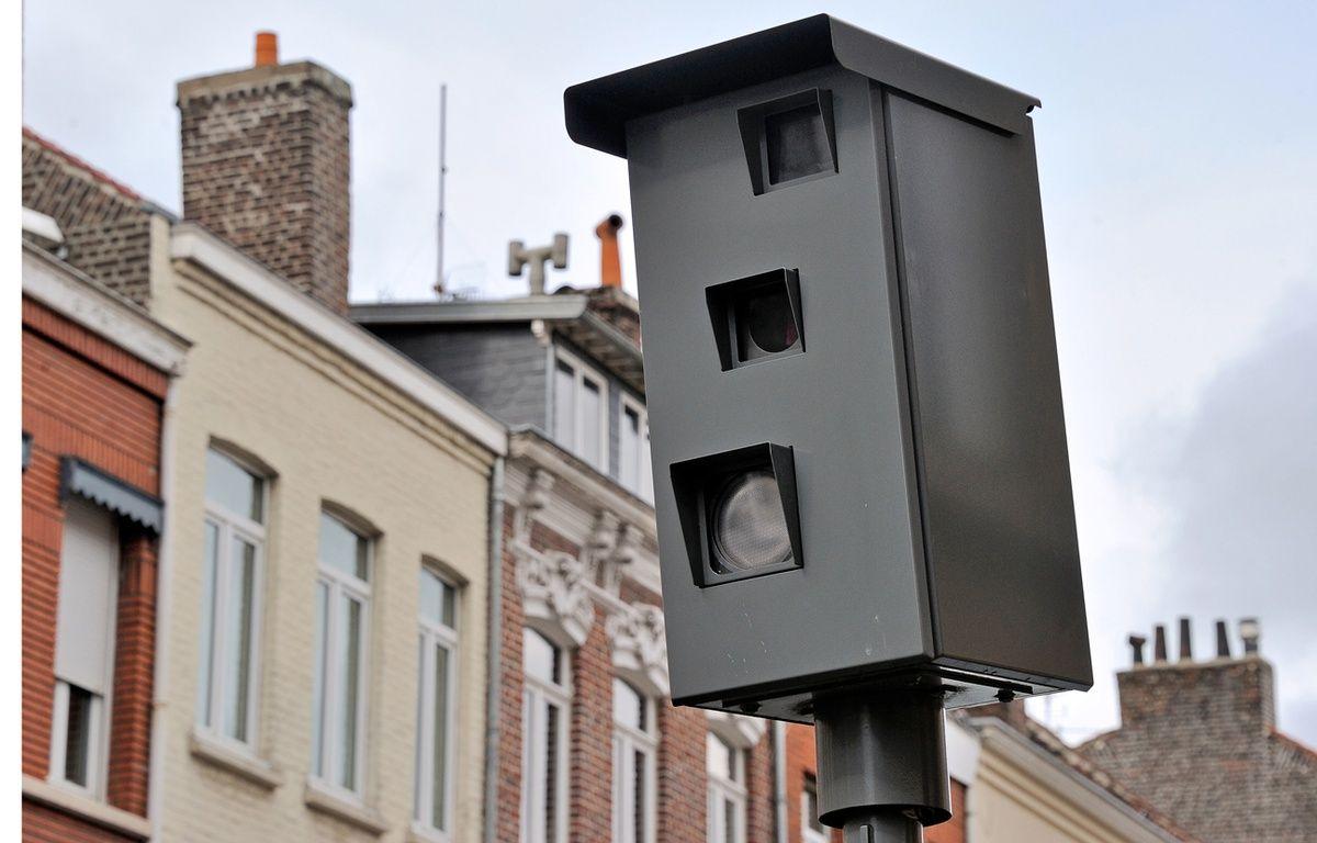 Un radar de stop vient de faire son apparition dans l'Essonne (illustration).  – PHILIPPE HUGUEN / AFP