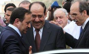 Quelques grands absents, une résolution jugée plutôt molle et une semaine de cauchemar pour les Bagdadis, mais pas de violences: l'Irak peut souffler après le sommet arabe de jeudi, qui a signé son retour sur la scène arabe.