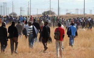 L'Afrique du Sud se prépare à rendre hommage jeudi aux 44 morts de la mine de Marikana (nord) mais la question des salaires n'est pas résolue et la grève a fait tâche d'huile.