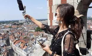 Une guide chinoise  va faire découvrir Lille aux internautes chinois