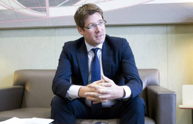 Pascal Canfin, Ministre délégué auprès du ministre des Affaires  étrangères, chargé du Developpement, dans son bureau à Paris, le 3  décembre 2012.