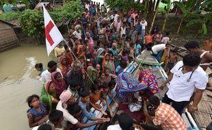Au moins 700 personnes ont péri dans les inondations liées à la mousson annuelle en Inde, au Népal et au Bangladesh.