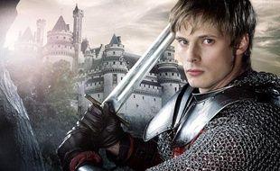 Bradley James, qui joue Arthur dans la série «Merlin»