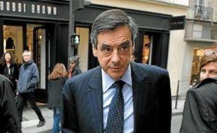 A la question «Vous serez donc candidat à la présidence de l'UMP?», Fillon répond: «Je prendrai toute ma part, avec d'autres, à cette compétition.»