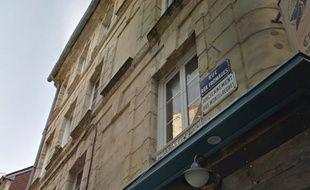 PETA France a demandé avec humour de remplacer la rue aux Fromages par la rue aux Fauxmages, à Caen.