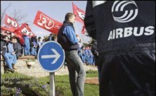 La journée nationale d'action des salariés d'Airbus mardi, avec grève et manifestations sur les sites français de l'avionneur européen, marquera la semaine sociale, où débuteront par ailleurs des rencontres entre syndicats et candidats à l'élection présidentielle.