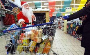 Angoisse de ne pas faire plaisir aux proches, peur d'exploser son budget : longtemps synonyme de réjouissances et de détente, Noël est également devenu une période de stress importante chez certains consommateurs.