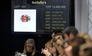 Un collier de perles grises remarquables  sera l'attraction de la vente aux enchères prévue ce vendredi à Hong Kong par Sotheby's.