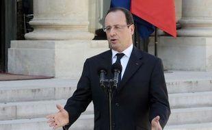 Trois semaines après le scandale Cahuzac, le Conseil des ministres a arrêté mercredi une panoplie de mesures d'assainissement de la vie publique visant notamment la transparence des élus, un thème sur lequel François Hollande joue son autorité face à la fronde des parlementaires, socialistes en tête.