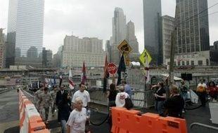 """Le voyage du pape Benoît XVI aux Etats-Unis est spirituel et non politique, mais la question du terrorisme et la controverse sur les méthodes employées par Washington pour le combattre seront présentes en filigrane durant ce séjour. A New York, où il se trouvera du vendredi 18 au dimanche 20 avril, le pape ira se recueillir à """"Ground Zero"""", le site où se dressaient les tours du World Trade Center."""